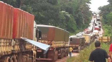 5 mil carretas congestionam o porto de Miritituba, no Pará. neste sábado