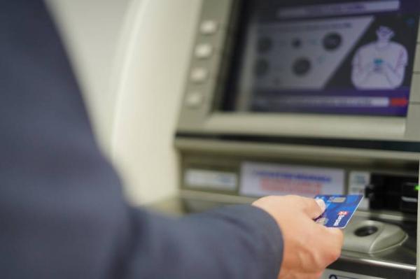 Servidores estaduais recebem salários de fevereiro a partir do dia 24