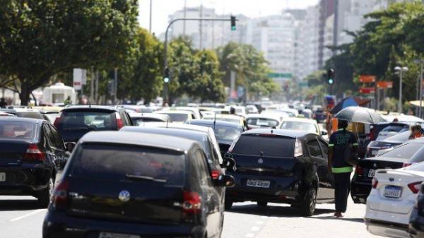 Com nova lei de trânsito a partir de abril, motoristas terão 40% de desconto no pagamento de multas em todo o país