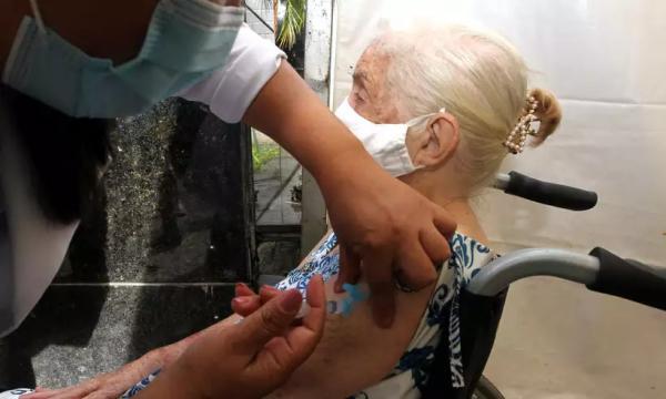 STF autoriza estados e municípios a comprar vacina