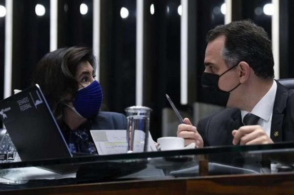 Senado avalia fatiar PEC Emergencial e votar só o auxílio