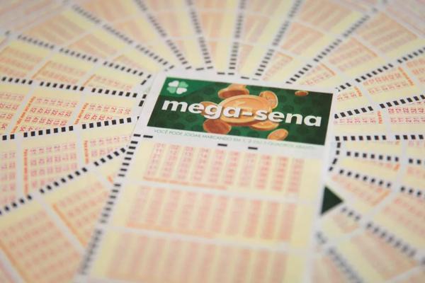 Mega-Sena deve pagar R$ 22 milhões neste sábado