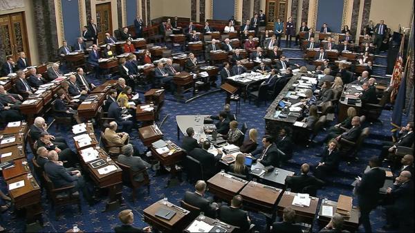 Senado dos EUA aprova projeto de alívio à Covid-19 de Biden de US$1,9 tri