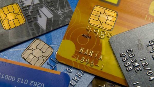 Vida sem cartão de crédito: a receita de quem já teve nome sujo para não ficar no vermelho