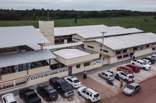 Governo do Pará entrega escola com capacidade para 1.260 alunos em Abaetetuba